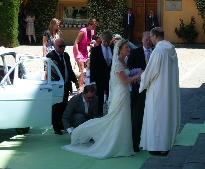 Princess Carolina has fairy tale wedding - News Summary ...