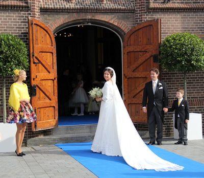 Royalblog Nl Claes Iversen Tekent Voor Trouwjurk