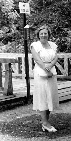 17d-1951 oude loo juliana2 a4 592zw